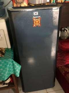 Kulkas satu pintu