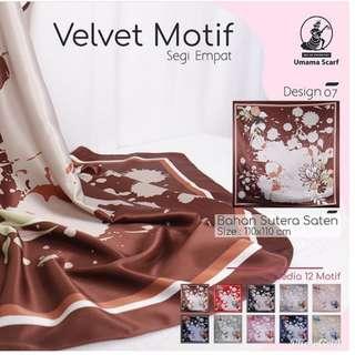 Velvet Motif 07