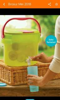 Dispenser ukuran 8,7 L tupperware