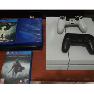 PS4 500GB Two Controller for sale with Games