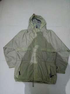Jaket parasut / gunung Helly Hensen
