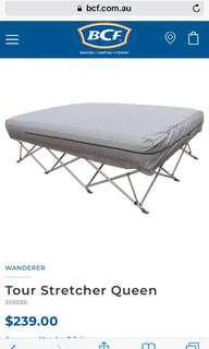 Wanderer Queen Tour Bed