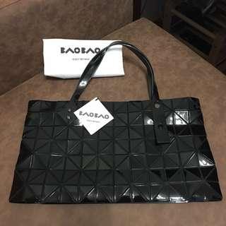 Issey Miyake Bao Bao, Large Black Zipper Shoulder Bag