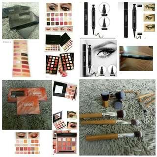 Brush, eyeshadow, eyeliner stamp