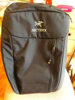 Arcteryx Blade 30 rucksack 不死鳥背囊  8成新