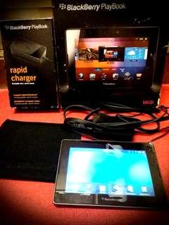 Blackberry Playbook 16gb wifi (98% new)