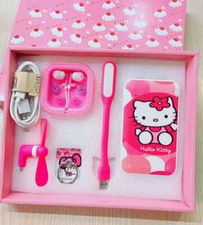 6in1 Hello Kitty Powerbank set
