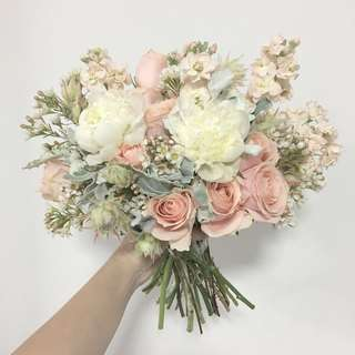 Bridal Bouquet in White Peonies and Peach Roses
