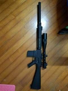 CA M16