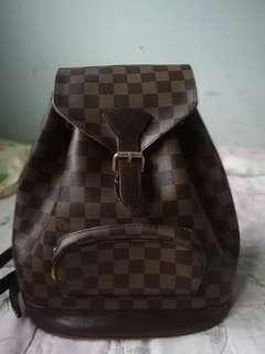 LV Backpack gred aaa