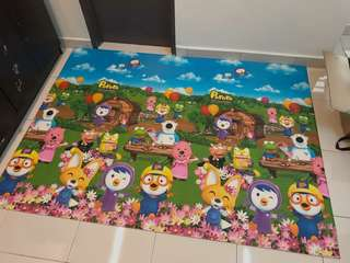Baby playmat / baby carpet