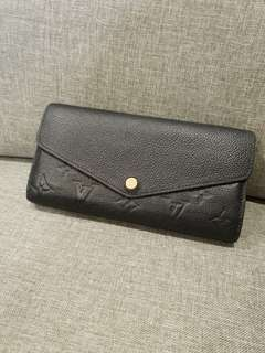 Pre-loved Authentic Louis Vuitton Sarah Wallet