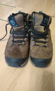 Timberland 中童行山鞋 size 7M