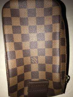 Louis Vuitton ᔕᒪIᑎG ᗷᗩG