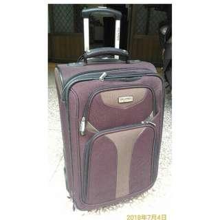 RICARDO雙輪22吋行李箱