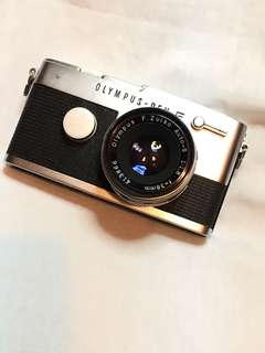 OLYMPUS PEN FT & lens