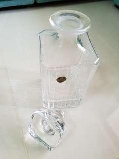 Royal Crystal Rock Wine Bottle