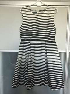 Cocktail dress (size S)