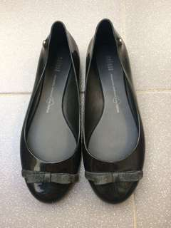 Melissa Flat Shoes Size 38 Hitam Ori