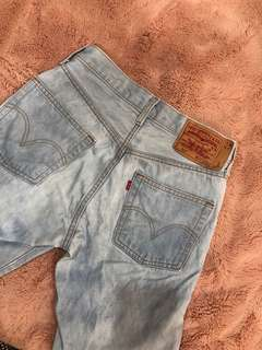 Levi's light blue high waisted vintage jeans