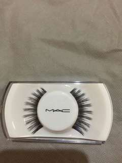 MAC False Eyelashes ORIGINAL