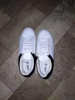 RUBI shoes/trendy UNISEX