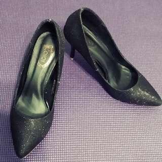黑色金銀葱尖頭,細跟,中高跟鞋(賠售)