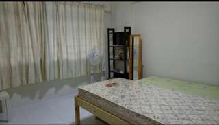Woodland mrt Blk 895c Common Room $480 1 lady