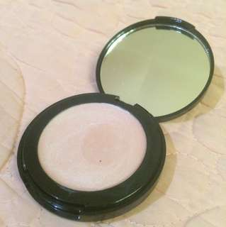 Doll 10 Highlighter (Champagne)