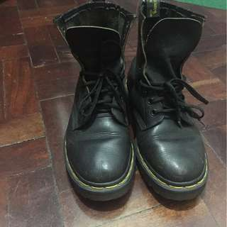 Black 8-hole Made In England Dr. Martens