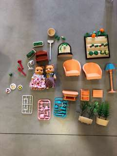 Sylvanian Families inspired lot of dollhouse furniture and garden set