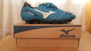 Mizuno Ignitus 2 MD Football Shoes