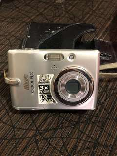 Nikon Coolpix 5megapixel and 3x zoom. Used item. Still good condition