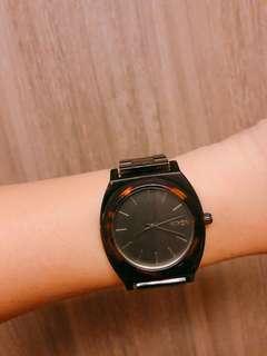 🚚 NIXON玳瑁時尚簡約鏈錶