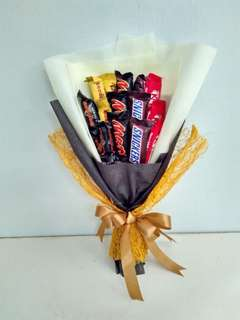 Chocolate bouquet (Assorted snack size)