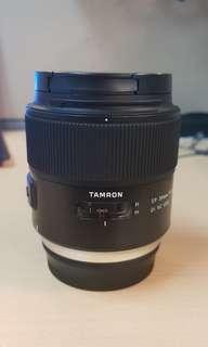 Tamron 35mm f1.8 (Canon mount)