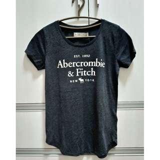 【全新正品】Abercrombie & Fitch(A&F) 女生大人 字母LOGO 經典圓領短T(XS)