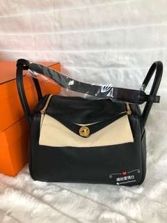 Hermes Lindy 30cm 89 Noir 黑金 Clemence Leather. Full set with shop receipt. Please pm if interested. Thanks
