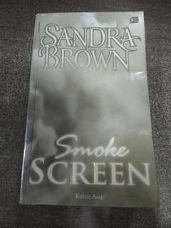 Smoke Screen - Kabut Asap by Sandra Brown