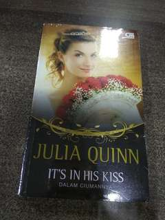 It's In Hiss Kiss - Dalam Ciumannya by Julia Quinn