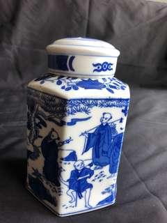 青花茶葉罐,高15cm