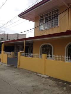 Two Storey House For Rent in Carmona Cavite
