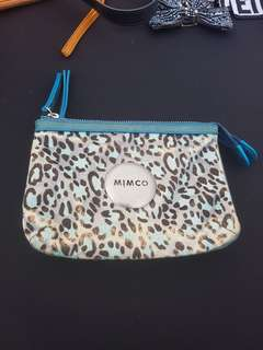 Good condtion mimco secert couch