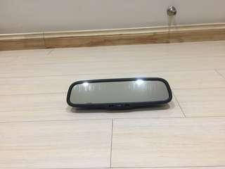 Lexus auto dim look back mirror