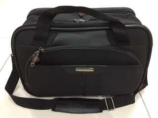 Samsonite light travel bag