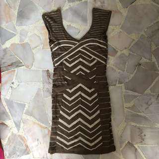Tracyeinny GiGi Contrast V Neck Knitted Bodycon Dress