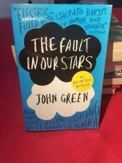 Novel the fault in our stars (inggris)