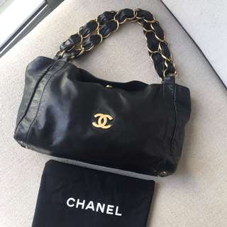 AUTHENTIC CHANEL Shoulder Tote Bag