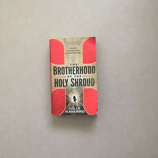 The Brotherhood of the Holy Shroud / Julia Navarro