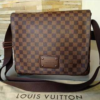 👉LV Messenger Brooklyn 2011 #fbc